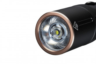 Fenix E20 V2.0 lampe de poche pour le quotidien - 350 lumens