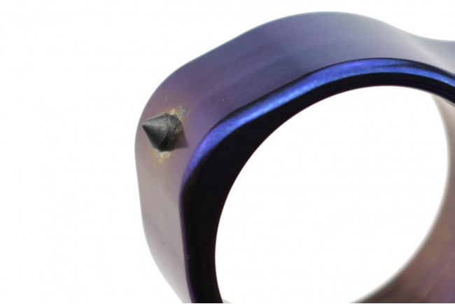Impact tool titane Maxknives TIKNU7+ - finition anodisée série limitée